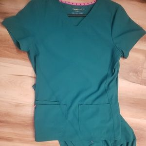 2 Sets of Heart Soul scrubs, size M Both Pants And